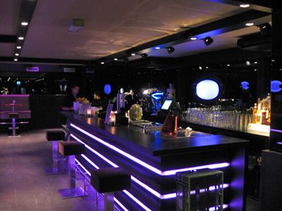 Caf bar april reguliersdwarsstraat in amsterdam - Sfeer zen lounge ...