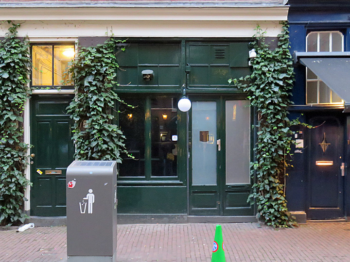 Cocktailbar door 74 reguliersdwarsstraat in amsterdam for Door 74 amsterdam